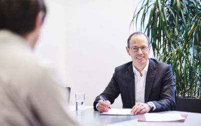 Wie können Führungskräfte wirksam Feedback geben?